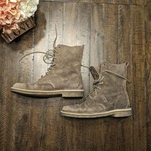 Clark's Originals Mali Distressed Boots